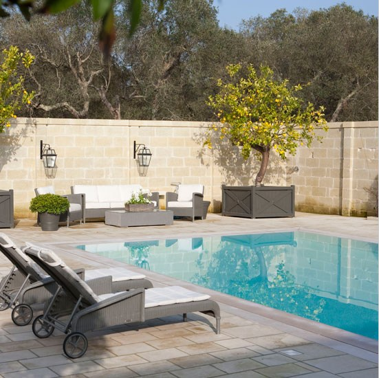 deco jardin avec piscine beautiful with deco jardin avec piscine beautiful deco piscine jardin. Black Bedroom Furniture Sets. Home Design Ideas